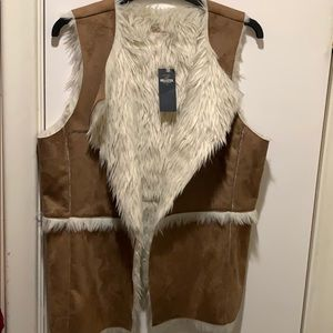 2/$15 Hollister-Faux Fur Vest